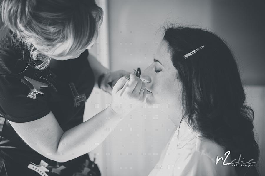 Preparativos de la novia. Sesión de Maquillaje en Garrovillas de Alconetar (Cáceres