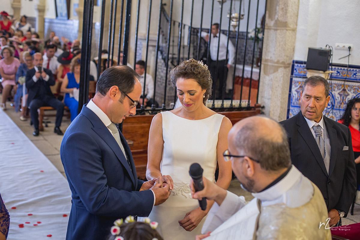 Ceremonia religiosa en Arroyo de la Luz [Boda A&P]